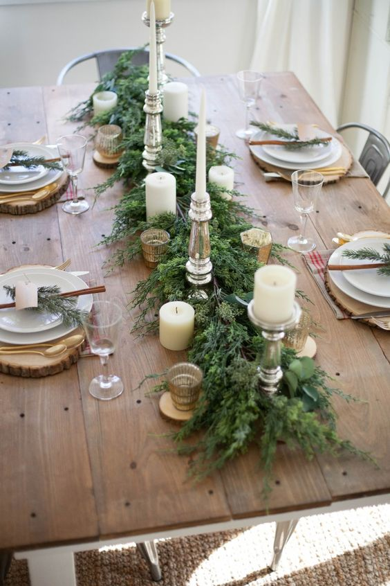 25 Beautiful And Inspiring Holiday Table Setting Ideas Jane At Home