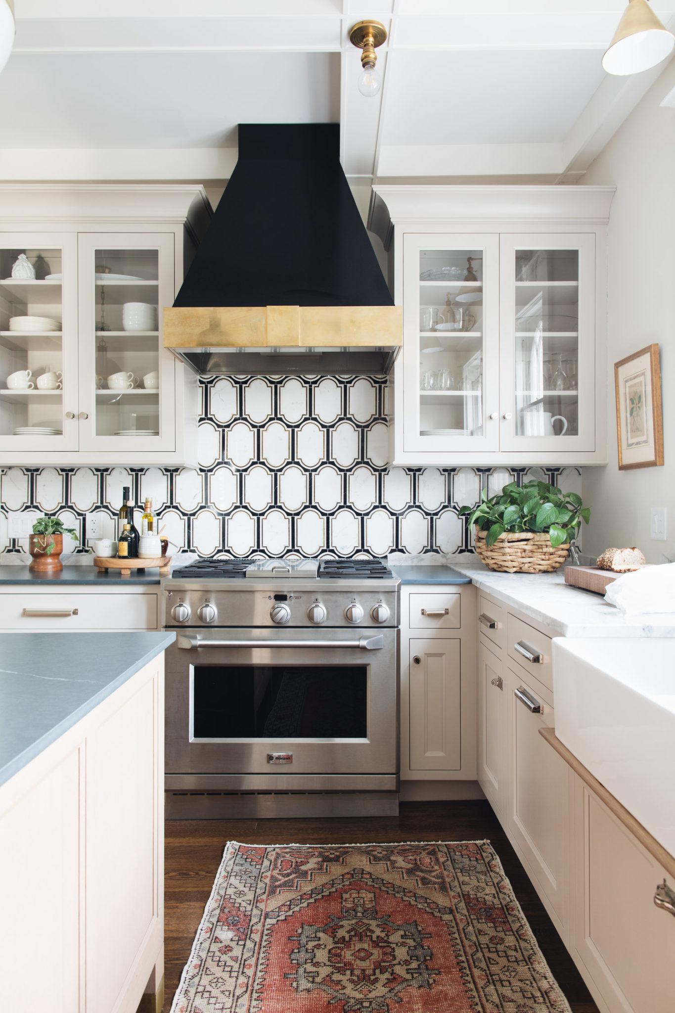 My Favorite Pins of the Week - Jean Stoffer Design - #kitchenremodel #kitchen #kitchendesign